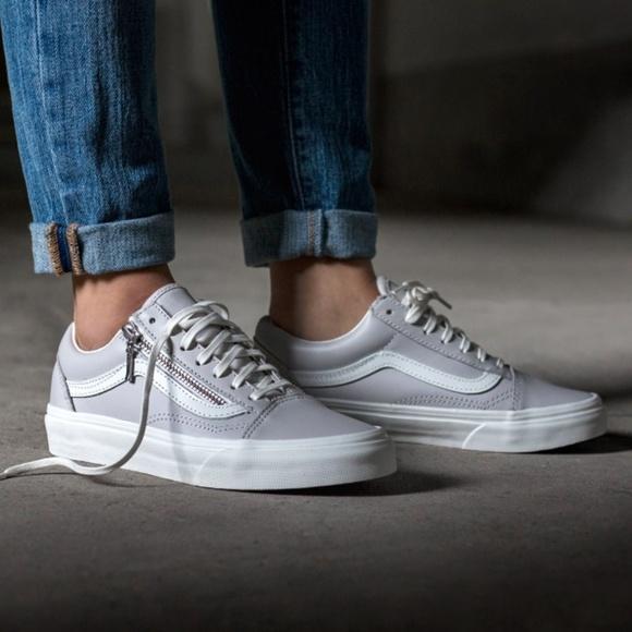 54e561732f Vans Old Skool Zip Leather Unisex Sneakers. M 5b6bcb673e0caad5d67b7552